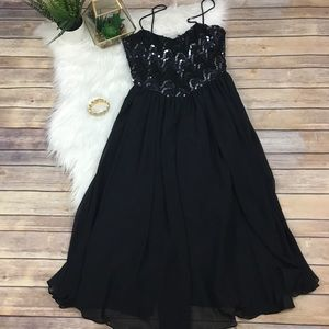 {Vintage} Black Sequined Semi-Formal Dress